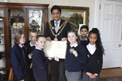 Year 5 children debate at Council House