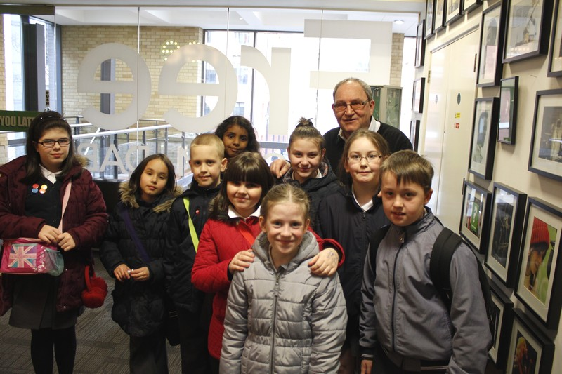 Our children met the legendary sports presenter Tom Ross