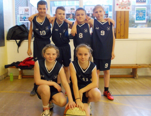 Year 5 and Year 6 basketball team