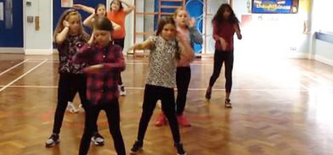 Video: Year 5/6 girls dance competition