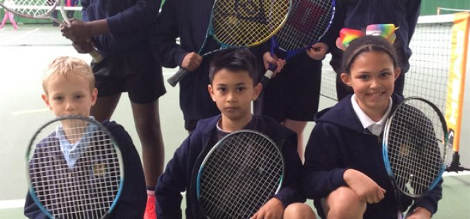 Year 3 & 4 take part in tennis competition