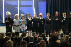 Video: Year 3 Mothers Day assembly