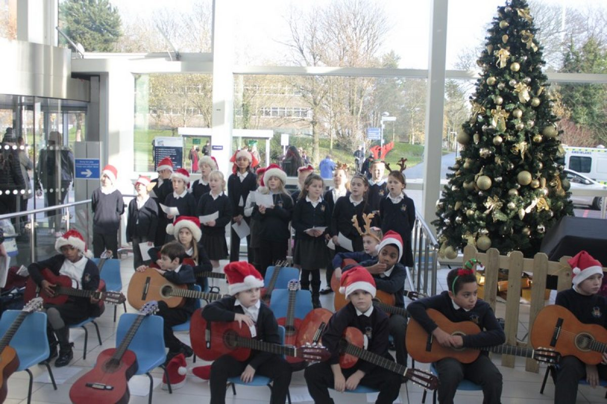 Bells Farm perform at Queen Elizabeth Hospital