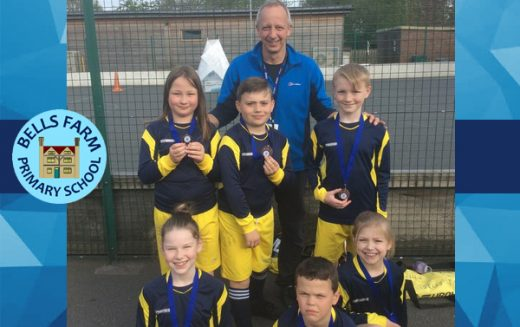 Bronze medals for Year 4 hockey team